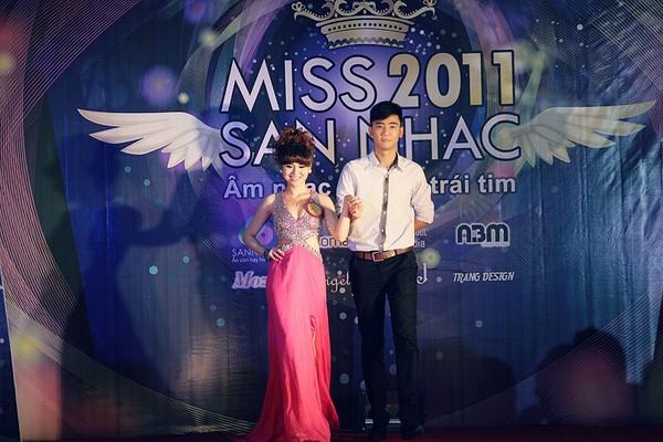 Miss Sàn Nhạc: nơi phát hiện những người đẹp yêu ca hát 4