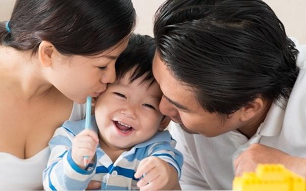 Bí quyết nuôi dạy giúp bé 2 tuổi thông minh hơn