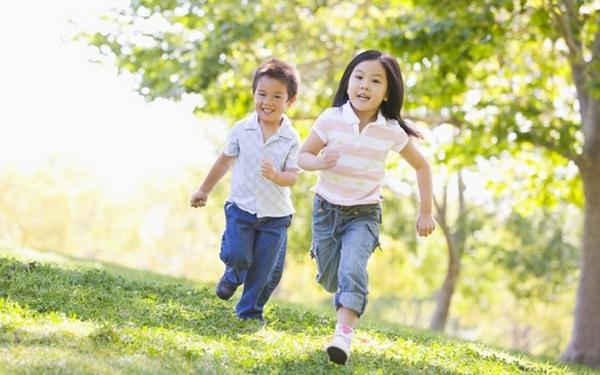Tìm sân chơi mùa hè cho bé: Dễ mà không dễ
