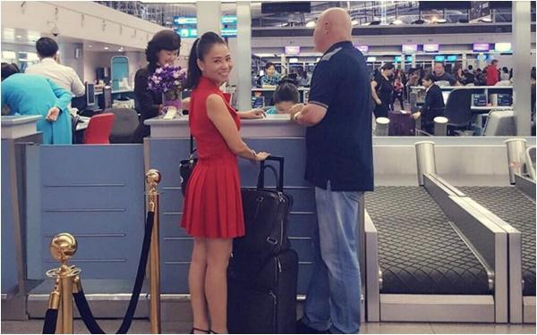 Thu Minh tươi tắn tiễn chồng đi công tác giữa tâm bão scandal