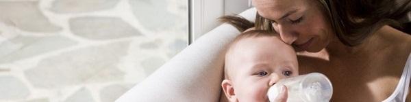 Là một bác sĩ sản khoa nhưng tôi thất bại hoàn toàn khi nuôi con bằng sữa mẹ