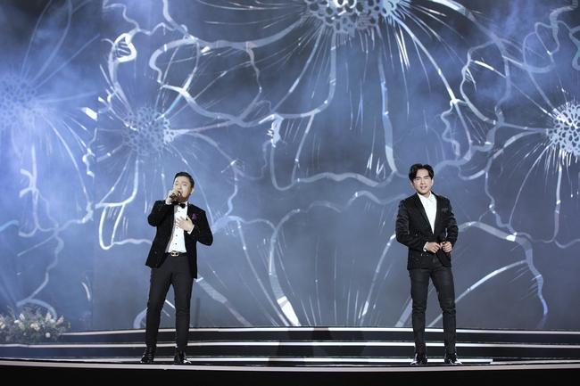 Khán giả tò mò Lam Trường - Đan Trường đã nói gì với nhau trong khoảnh khắc song ca lịch sử trên sân khấu HHVN, câu trả lời của anh Hai gây ngã ngửa - Ảnh 13.
