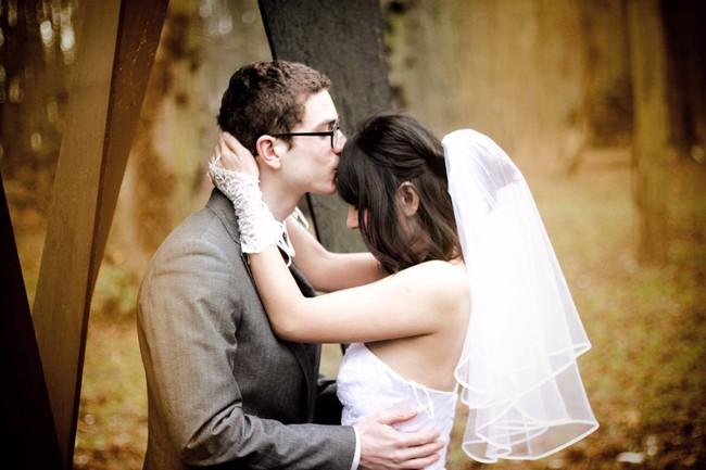 Vợ trẻ kể chuyện chồng Tây ki bo cầu hôn bằng nhẫn rẻ tiền nhưng cuộc hôn nhân chẳng chê vào đâu được - Ảnh 7.
