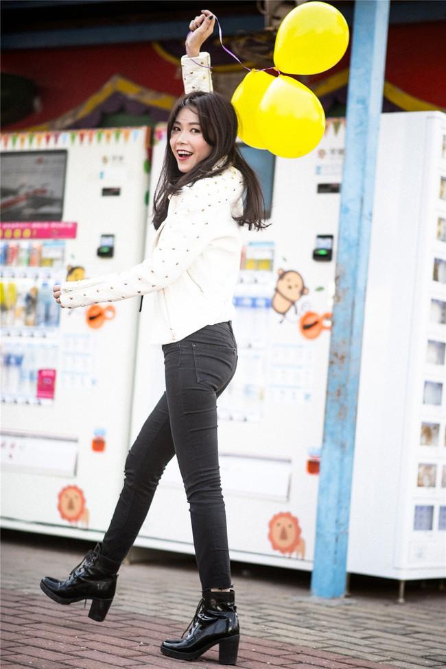 Street style ấm - đẹp - chất của các quý cô Châu Á  - Ảnh 8.
