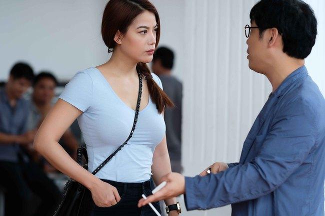 Vừa mới công khai chia tay Kim Lý, Trương Ngọc Ánh đã tình tứ bên trai lạ