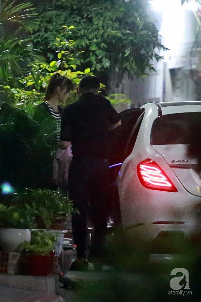 Trấn Thành mua chè, đưa Hari Won đi ăn đêm trước ngày cưới - Ảnh 8.
