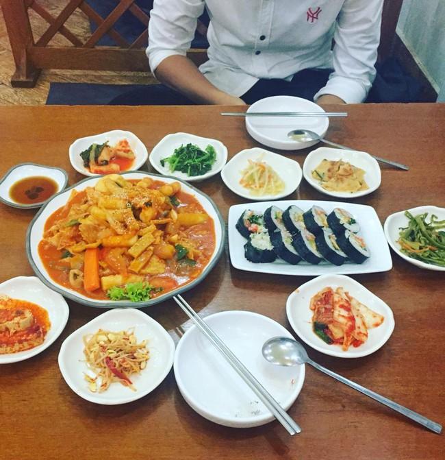 8 quán ăn ngon, không gian đẹp, giá phải chăng để tạm biệt 2016 ở Sài Gòn - Ảnh 16.