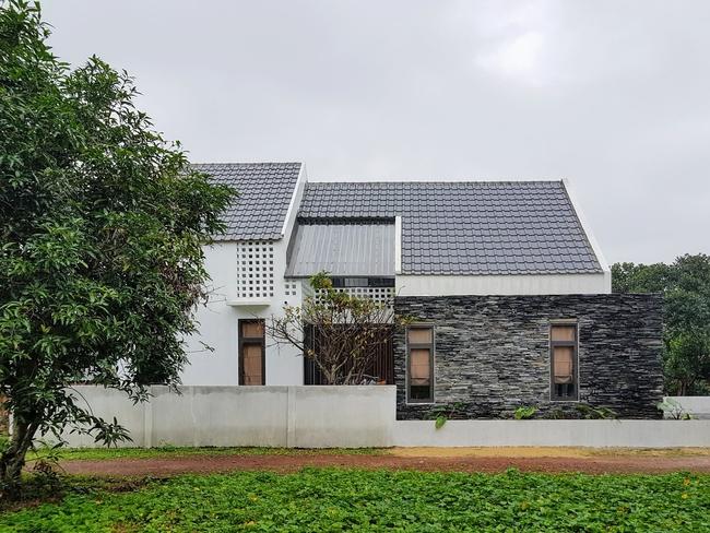 Ngôi nhà 110m² vạn người mê do chủ nhà tự thiết kế có giá 800 triệu ở Quảng Bình - Ảnh 3.