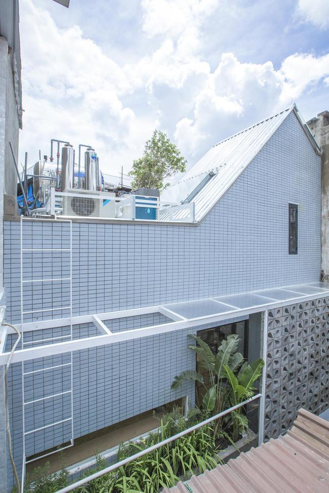 5 ngôi nhà Việt có thiết kế ấn tượng nhất năm 2016 khiến báo Tây khen nức nở - Ảnh 8.
