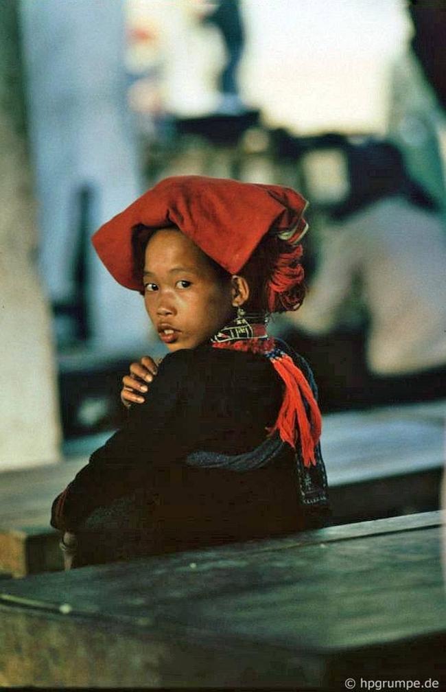 Quay ngược về 3 thập kỷ trước, lặng ngắm cổ trấn Sapa hoang sơ trong mắt nhiếp ảnh gia Tây - Ảnh 8.