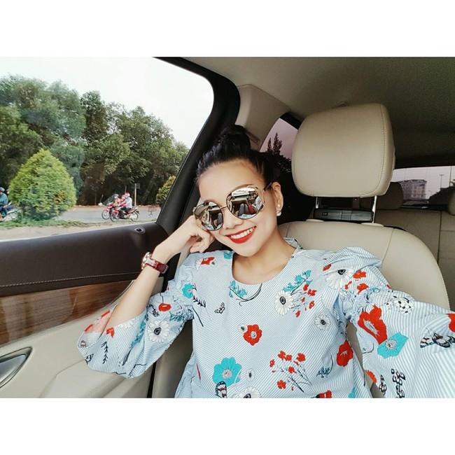 Soi sao Việt mặc 'đồ bình dân' thế nào để thêm gợi ý mua sắm cho mùa thời trang mới