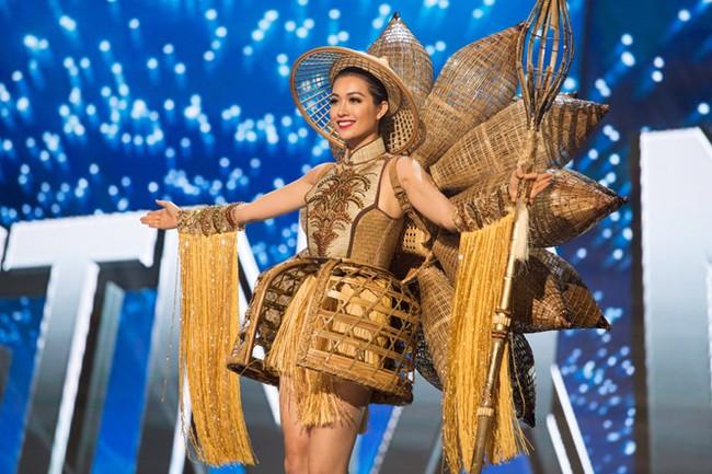 Ngắm nhìn những bộ trang phục truyền thống lộng lẫy, cầu kỳ nhất đêm Chung kết Hoa hậu Hoàn Vũ 2017 - Ảnh 2.