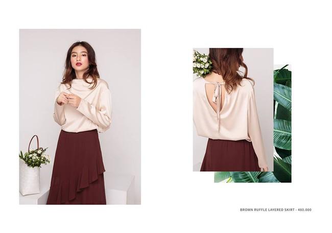 Loạt mẫu áo sơmi/blouse trơn màu giá chưa đến 500 ngàn từ thương hiệu Việt để các nàng chọn mua cho hè - Ảnh 4.