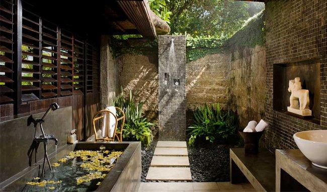 Nhà tắm ngoài trời, cách đơn giản để mang thiên đường vào không gian sống - Ảnh 9.