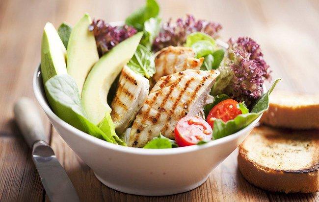 12 loại thực phẩm bác sĩ khuyên dùng để phòng tránh bệnh - Ảnh 1.