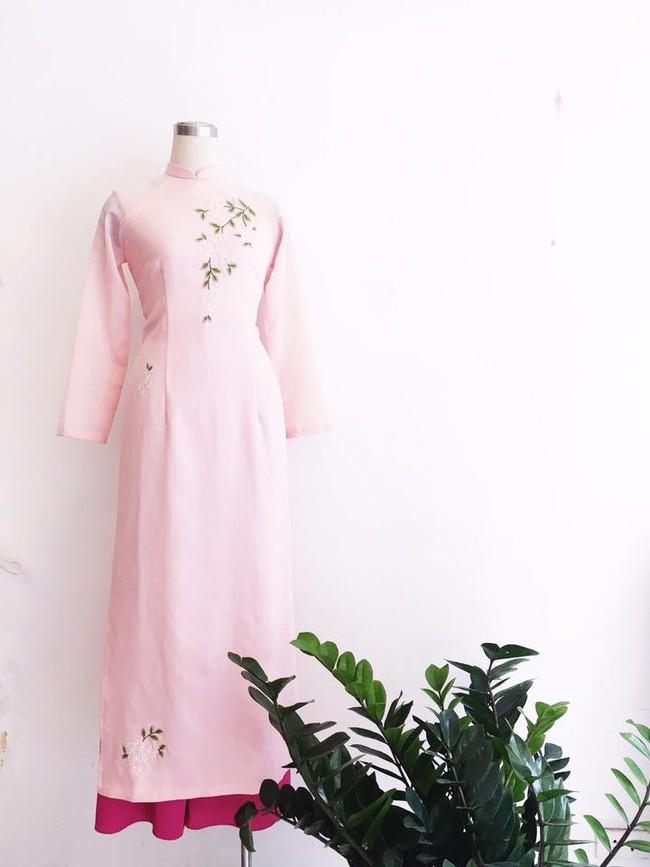 Du Xuân duyên dáng cùng loạt thiết kế áo dài truyền thống có giá dưới 3 triệu đồng - Ảnh 12.