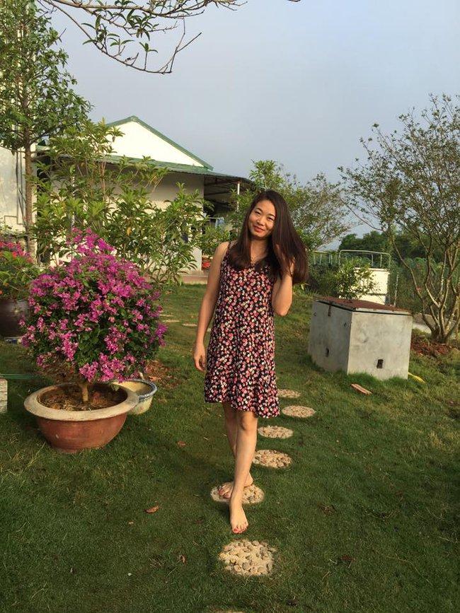 Ngôi nhà bé xinh, bình yên bên vườn hồng rực rỡ cách Hà Nội hơn 1 giờ đi ô tô - Ảnh 2.