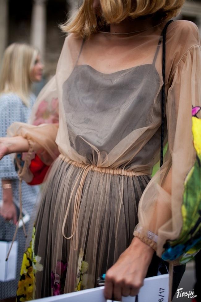 Những kiểu trang phục bạn nên loại bỏ ngay trong năm mới này - Ảnh 10.