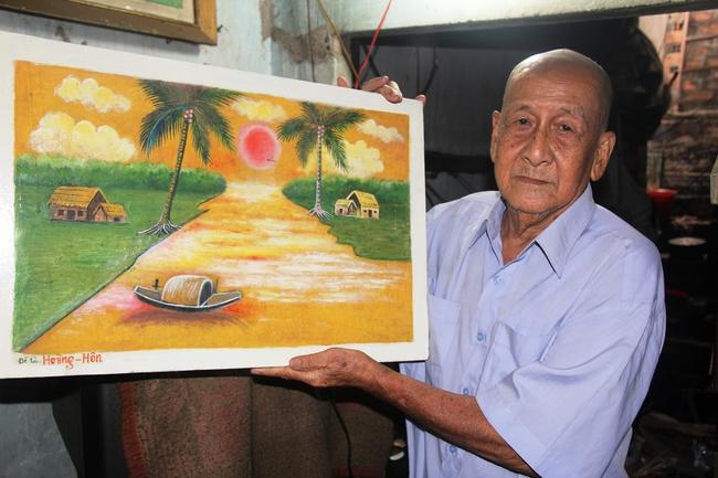 Cảnh đời nghèo mà vui của gia đình chồng vẽ tranh, vợ bán ve chai: Cứ vô tư mà sống, khổ cũng không buồn! - Ảnh 16.