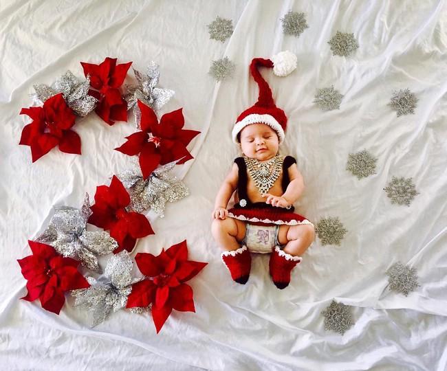 Mẹ kì công lên ý tưởng chụp ảnh đẹp lung linh cho con mỗi tháng - Ảnh 4.