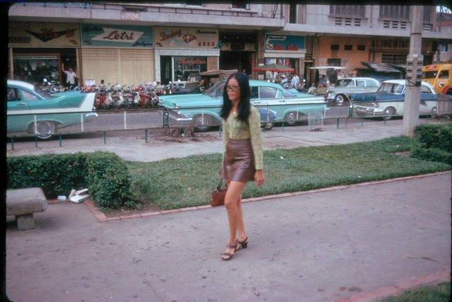 Hơn nửa thế kỷ trước, phụ nữ Sài Gòn đã mặc chất, chơi sang như thế này cơ mà! - Ảnh 23.