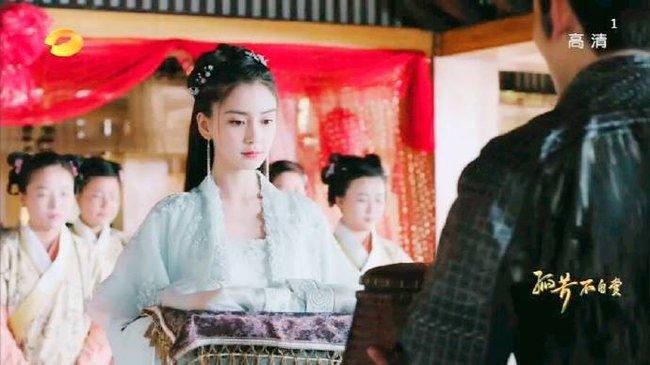 Lụi tim với cảnh Chung Hán Lương cưỡng hôn Angelababy - Ảnh 5.