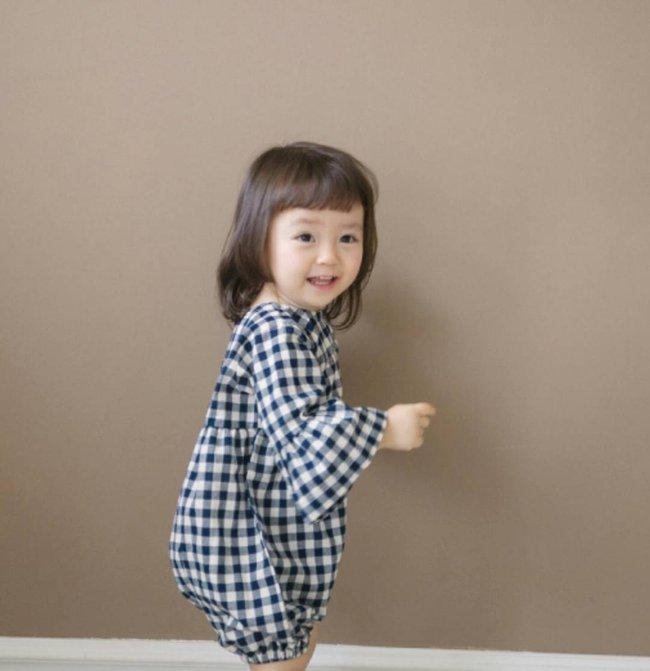 Bé gái 3 tuổi xinh xắn đốn tim hàng trăm nghìn cư dân mạng - Ảnh 12.