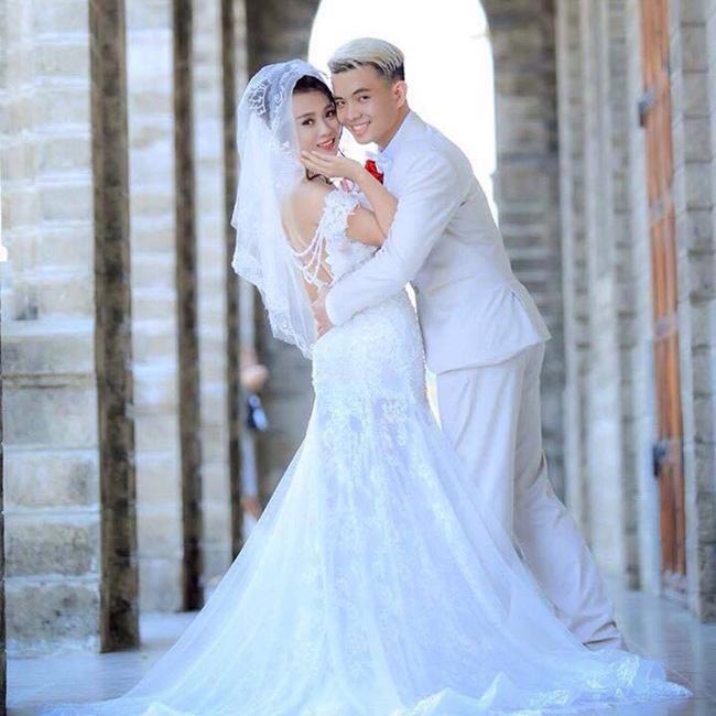 BẤT NGỜ VỚI CẶP ĐÔI KHÔNG THỂ NGHE NÓI nhưng cặp cô dâu chú rể này vẫn thật rạng rỡ, hạnh phúc trong ngày cưới!