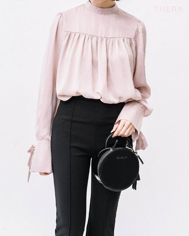 Loạt mẫu áo sơmi/blouse trơn màu giá chưa đến 500 ngàn từ thương hiệu Việt để các nàng chọn mua cho hè - Ảnh 15.