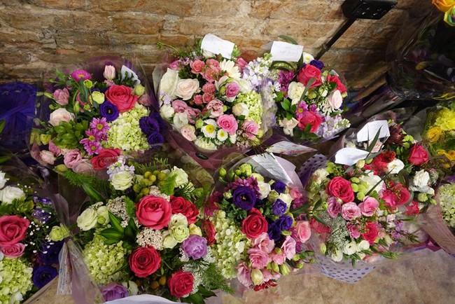 Ngắm loạt hoa nhập khẩu độc, đẹp khiến quý ông không tiếc tiền chi hẳn trăm triệu tặng vợ dịp 8/3 - Ảnh 4.