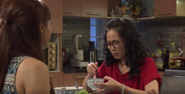Khi ở nhà một mình mới mẹ chồng, nàng dâu chỉ được ăn dưa với lạc rang - Ảnh 4.