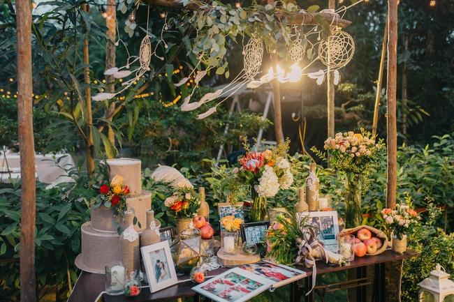 Đám cưới sân vườn xanh tươi, đẹp như mơ, khiến chú rể khô như ngói cũng tưởng được vào vai hoàng tử - Ảnh 23.