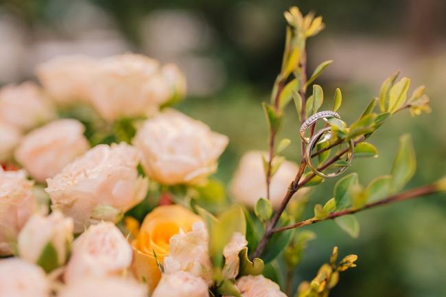 Đám cưới sân vườn xanh tươi, đẹp như mơ, khiến chú rể khô như ngói cũng tưởng được vào vai hoàng tử - Ảnh 27.