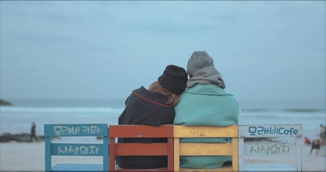 Sơn Tùng M-TP đốn tim fan với những cảnh quay đậm chất ngôn tình lãng mạn - Ảnh 4.