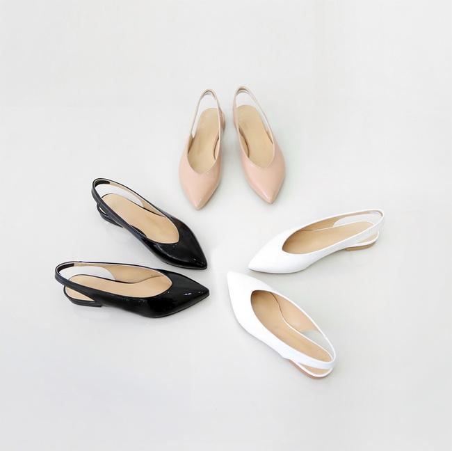 Đâu cần phải quá cầu kỳ hay sang chảnh, giày V-line đơn giản lại là thiết kế khiến nàng công sở không thể làm ngơ - Ảnh 3.