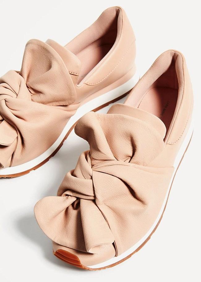 Xu hướng giày dép 2017: Thời đại của những thiết kế bánh bèo thắt nơ - Ảnh 14.