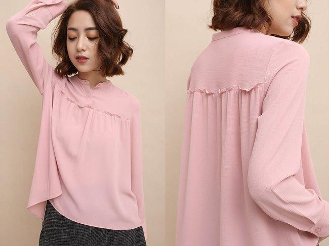 Loạt mẫu áo sơmi/blouse trơn màu giá chưa đến 500 ngàn từ thương hiệu Việt để các nàng chọn mua cho hè - Ảnh 13.