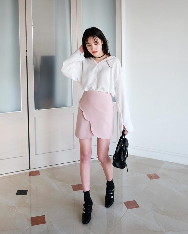 Chỉ là chân váy ôm đơn giản cũng có nhiều biến tấu tôn dáng khiến chị em công sở mê mẩn - Ảnh 7.