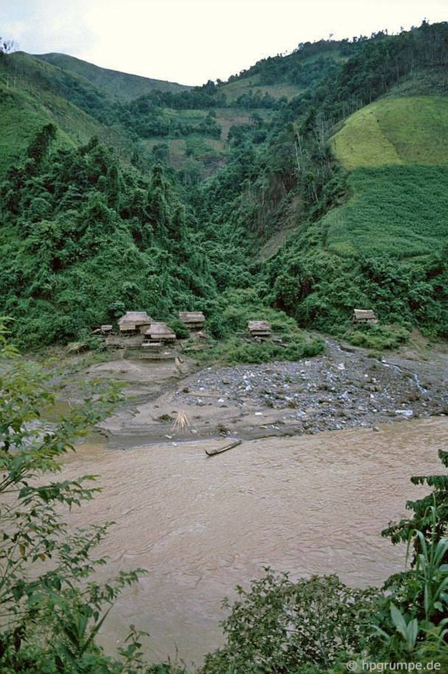 Quay ngược về 3 thập kỷ trước, lặng ngắm cổ trấn Sapa hoang sơ trong mắt nhiếp ảnh gia Tây - Ảnh 6.