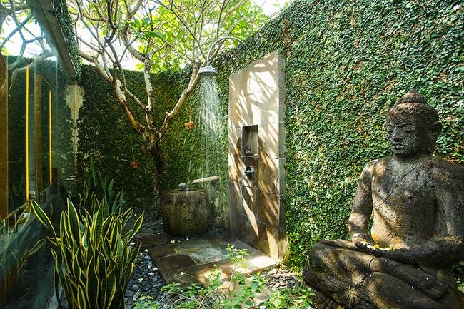 Nhà tắm ngoài trời, cách đơn giản để mang thiên đường vào không gian sống - Ảnh 4.