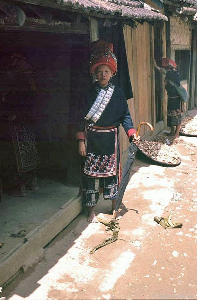 Quay ngược về 3 thập kỷ trước, lặng ngắm cổ trấn Sapa hoang sơ trong mắt nhiếp ảnh gia Tây - Ảnh 15.