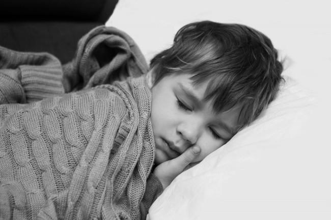 Những lời cuối cùng của đứa bé 7 tuổi viết trong tâm thư gửi bố mẹ đã khiến tim tôi tan nát - Ảnh 2.