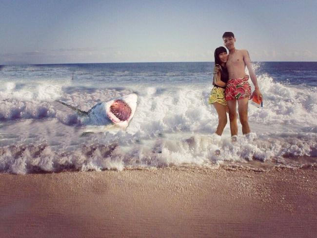 Cặp đôi quần đùi dưa hấu nhờ chỉnh ảnh đang đứng ở biển, và cái kết... - Ảnh 8.