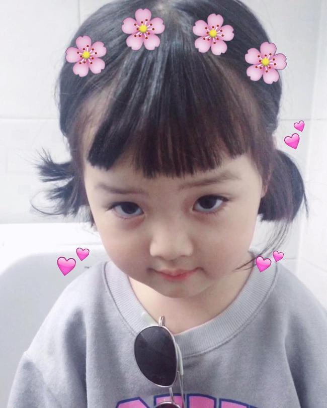 Những cách tạo kiểu với tóc ngắn đáng yêu đến lịm người cho bé gái - Ảnh 14.