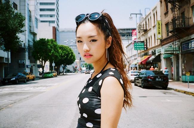 Muốn trang điểm đẹp chuẩn Hàn Quốc thì theo dõi ngay 5 cô nàng Beauty Blogger này - Ảnh 13.