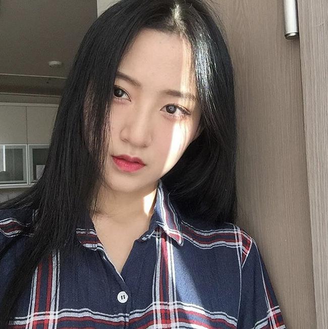 Muốn trang điểm đẹp chuẩn Hàn Quốc thì theo dõi ngay 5 cô nàng Beauty Blogger này - Ảnh 17.