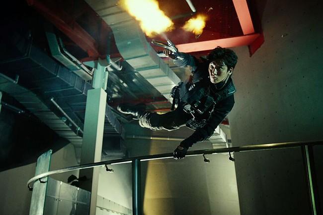 Phim mới của nam thần Ji Chang Wook gây ấn tượng với hàng loạt cảnh quay nín thở - Ảnh 4.