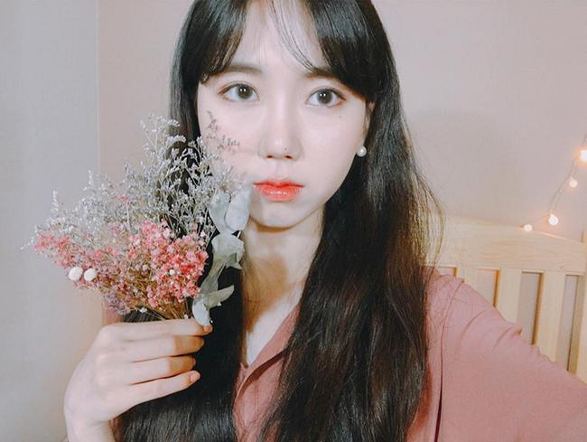 Muốn trang điểm đẹp chuẩn Hàn Quốc thì theo dõi ngay 5 cô nàng Beauty Blogger này - Ảnh 21.