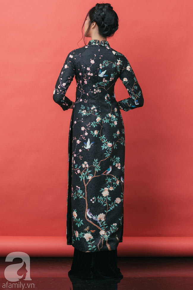 Rộn ràng không khí Tết cùng những thiết kế áo dài họa tiết đậm hương sắc ngày Xuân - Ảnh 5.