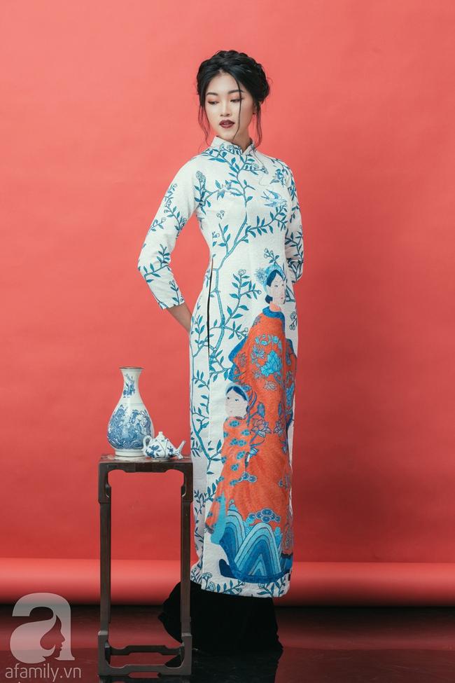 Rộn ràng không khí Tết cùng những thiết kế áo dài họa tiết đậm hương sắc ngày Xuân - Ảnh 10.